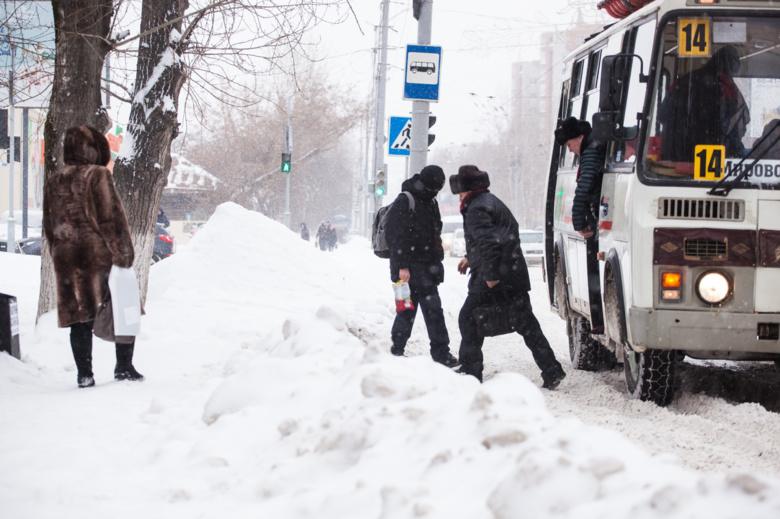 «САХ» обяжут лучше содержать остановки зимой