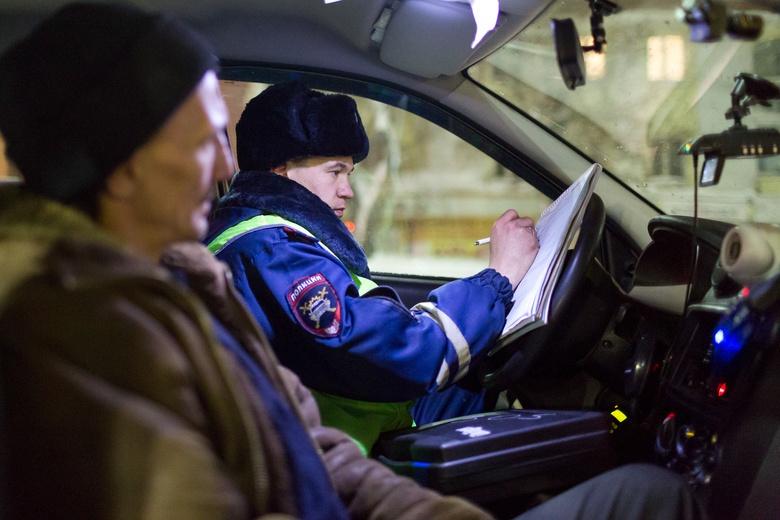 Рейд ГИБДД выявил 10 нетрезвых водителей на томских дорогах в канун Нового года