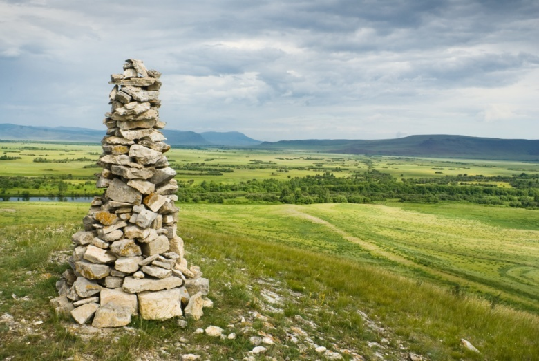 Томские археологи с коллегами из Эрмитажа нашли уникальное захоронение в Хакассии