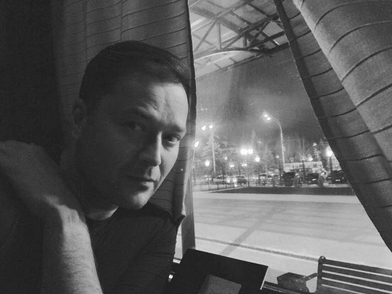 Лидер «Новой России» Никита Исаев скончался в поезде