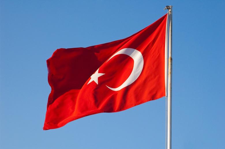Турция нанесла удары по позициям сирийской армии