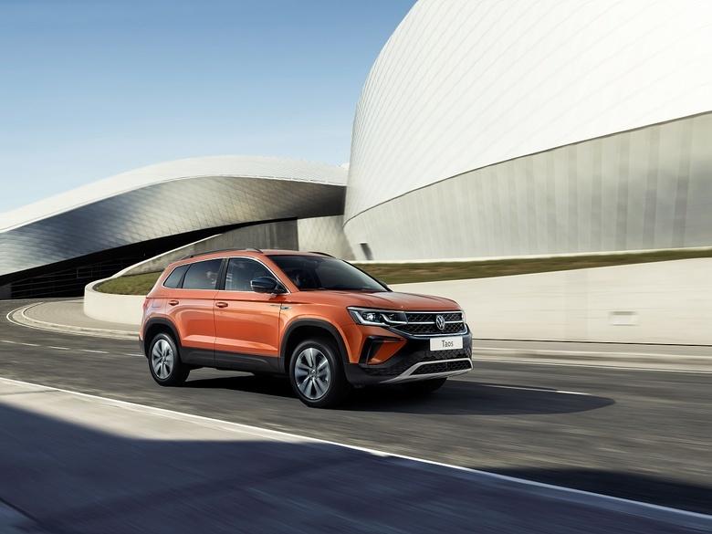 Volkswagen Taos: цены и начало приема заказов