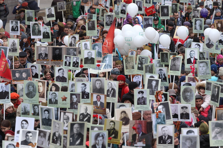 Томск отпраздновал День Победы: фотолента