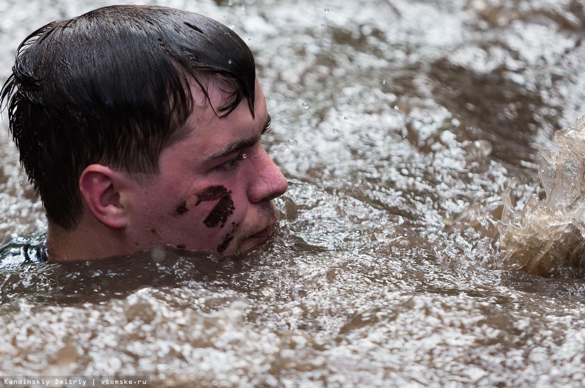 «Грязные танцы» и ванны со льдом: «Стальной характер» проверил томичей на прочность