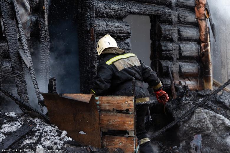 Жилой дом сгорел в селе Томской области
