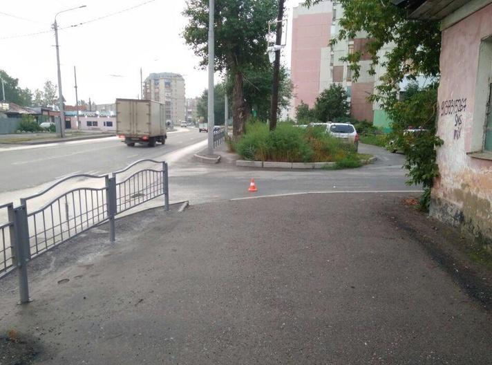 Водитель Toyota наехал на пешехода в Томске и скрылся