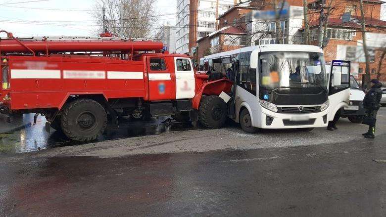 Пострадавшие в ДТП на Каштаке пассажиры автобуса могут получить до 2 млн руб
