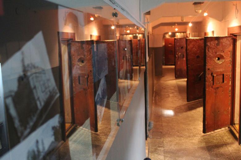 «Следственная тюрьма НКВД» останется в прежнем помещении еще на три года