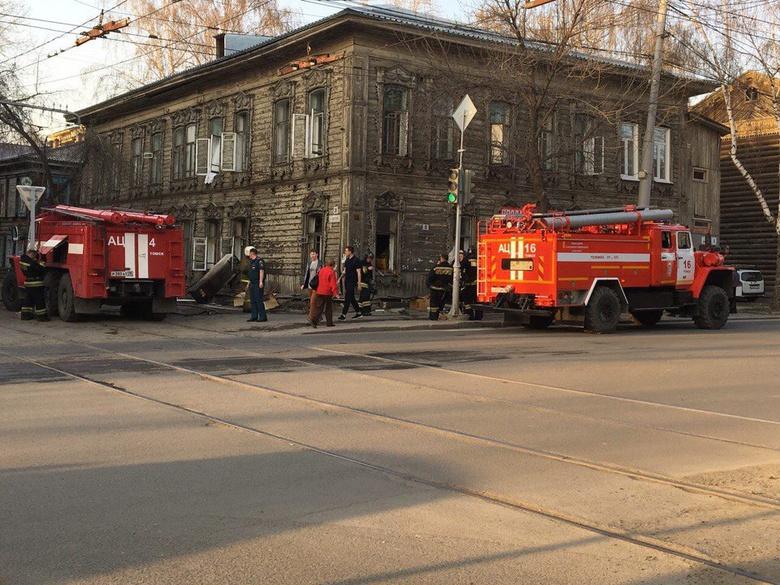 В одном из старинных домов Томска произошел пожар