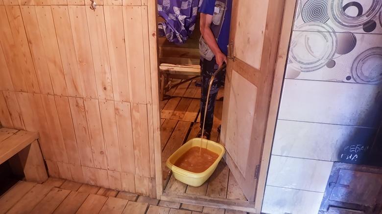 Жители поселка Геологов и села Каргасок пожаловались на качество воды