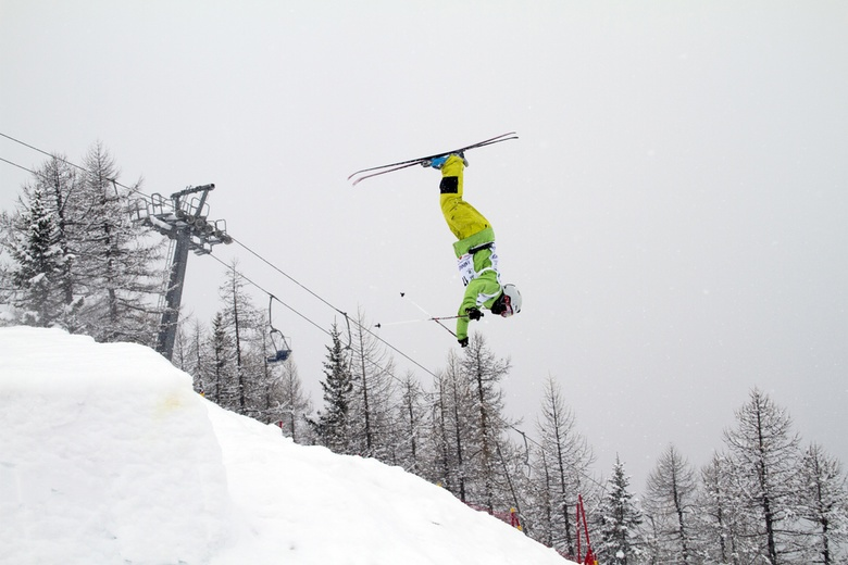 Томичи завоевали 20 медалей всероссийских соревнований по фристайлу