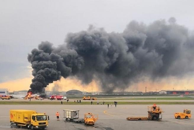 СК: 41 человек погиб в результате авиакатастрофы в Шереметьево