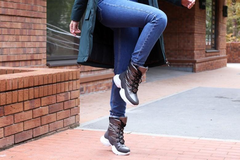 Новый сезон комфорта: зимняя обувь на любой кошелек и трендовые дутыши