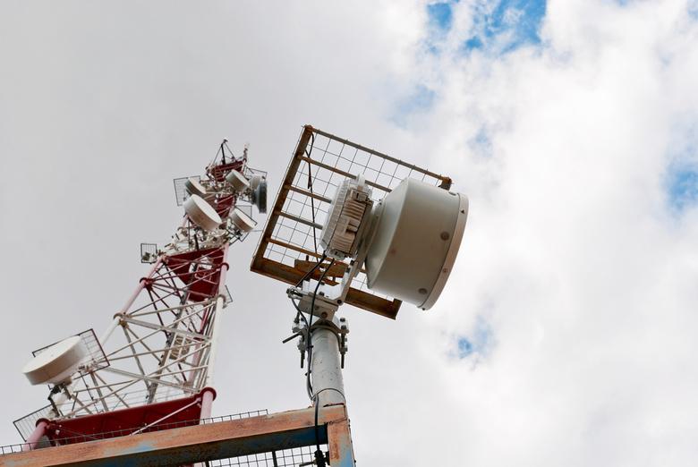 Модули для усиления сигнала GSM опробуют в одном из томских сел, оставшихся без связи