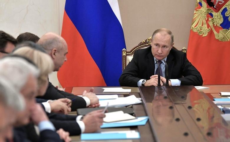 Путин указал на воровство при строительстве космодрома «Восточный»
