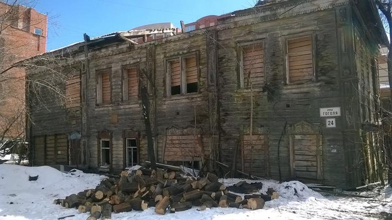 Уголовное дело возбуждено после попыток томичей разобрать деревянный дом на Гоголя